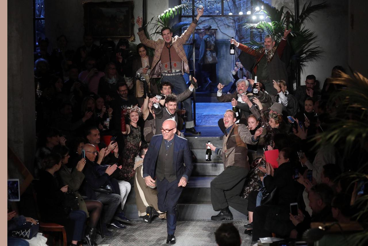 La festa di Antonio Marras dedicata ai vestiti della domenica ... ec7bf8e6039