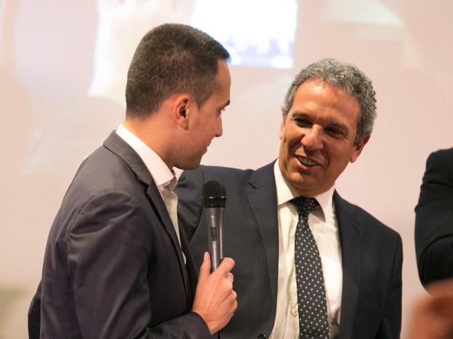 Elezioni in sardegna la crisi dei 5 stelle addolcisce la for Foto parlamentari italiani