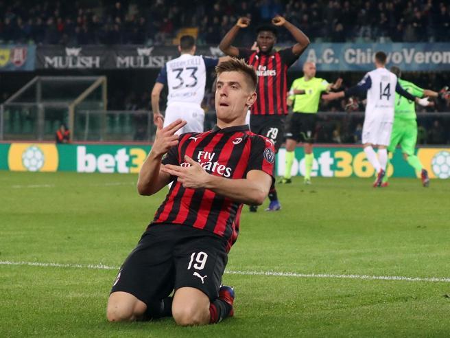 Chievo-Milan 1-2: Biglia e Piatek avvisano l'Inter, ma che fatica contro gli ultimi in classifica
