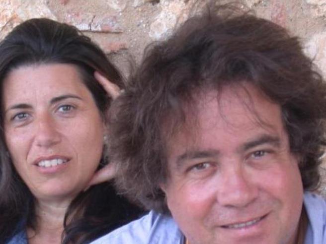 Tusa, il racconto della moglie: «Avevo presentimenti. Era felice perché guarito» - VideoI volontari e gli altri italiani