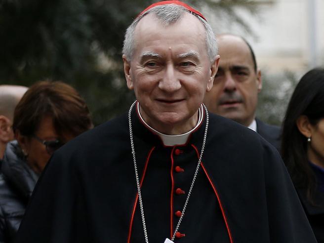 Congresso famiglie, il segretario vaticano Parolin: «D'accordo nella sostanza»«Pena di morte per i gay»: i temi estremi