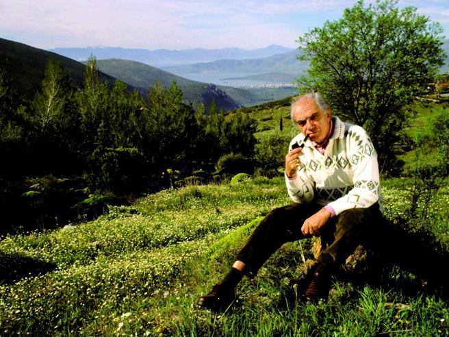 Lo scrittore Vassilis Vassilikòs: «Così creai la Giornata della Poesia»Il 21 marzo gli   eventi de «la Lettura»