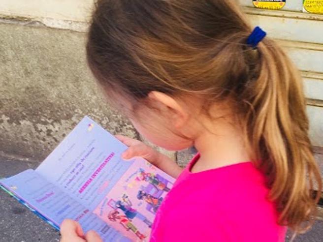 Ecco come i bambini diventano lettori: libri sempre disponibili, anche al ristorante o dal dentista
