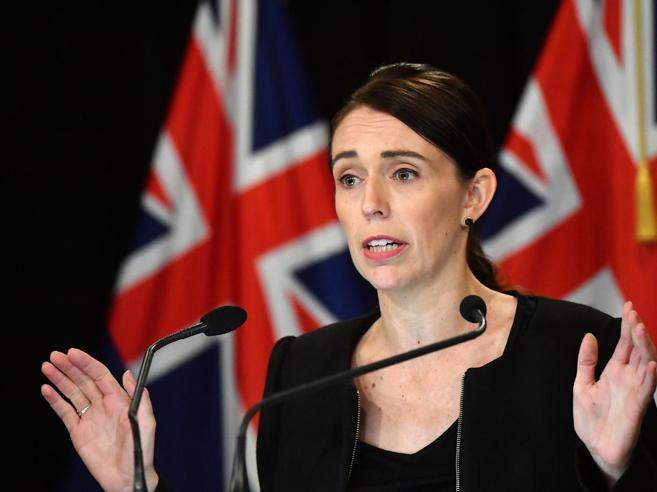 Nuova Zelanda, dopo la strage messe al bando le armi d'assalto