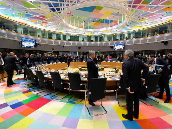 Brexit, l'offerta Ue: proroga al 22 maggio Ma adesso tocca a