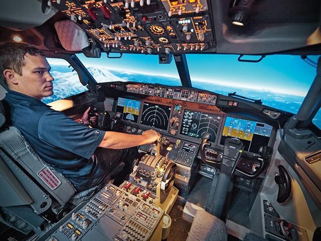 Aereo caduto in Etiopia, «il pilota non si era addestrato per il 737 Max»