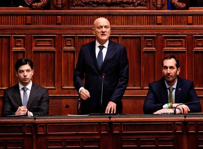 «Bentornato presidente»,  Bisio e il film sul governo gialloverde: un premier tra gli alter ego di Salvini e Di Maio