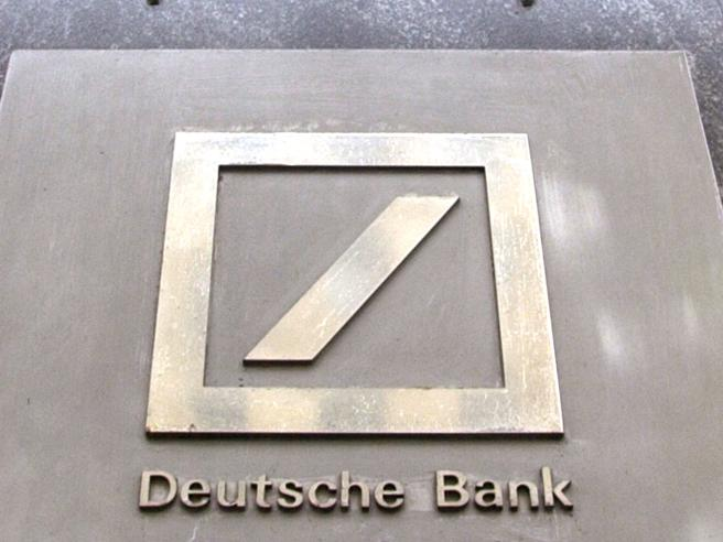 Deutsche Bank, al ceo Sewing 7 milioni di stipendio. Con Commerz a rischio 30 mila posti