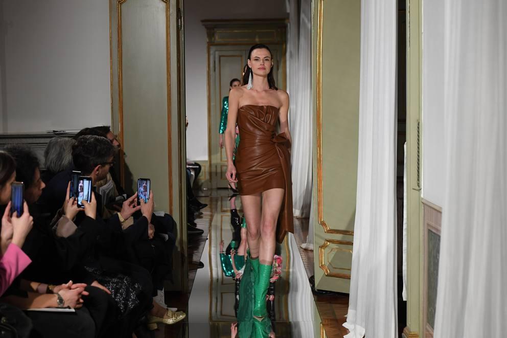 the latest dfb1d 90e3c Quando la Couture è Smart e da Dynasty - Corriere.it