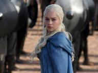 Emilia Clarke e l'ictus: «Come sono sopravvissuta a due aneurismi cerebrali»