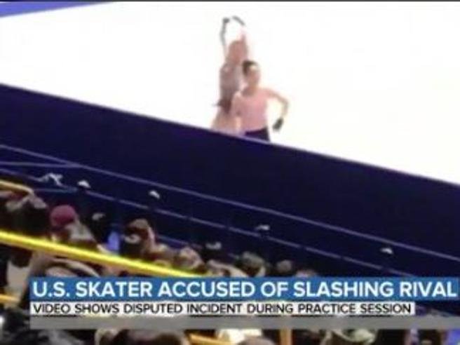 Mondiali di pattinaggio, sul ghiaccio scorre il sangue tra Mariah Bell e la Eunsoo: scambio di accuse è giallo