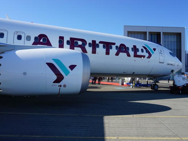 Caos  Boeing 737 Max: un velivolo di Air Italy «ostaggio» in Egitto