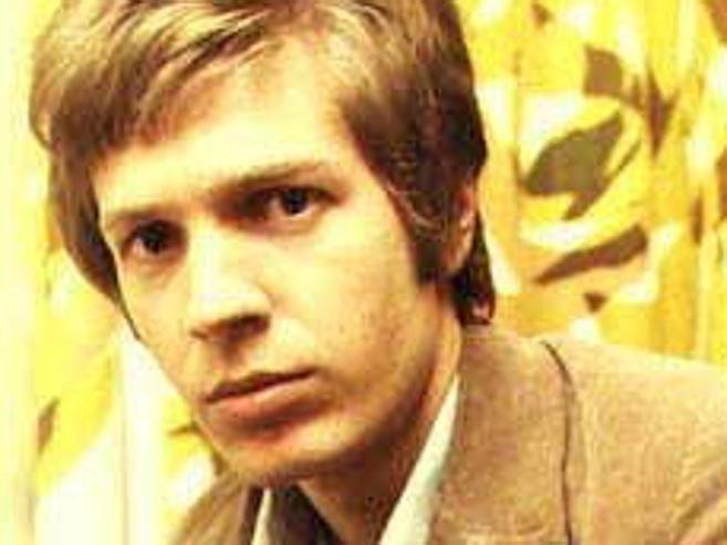 E' morto Scott Walker, cantautore che ha influenzato Bowie e Nick Cave