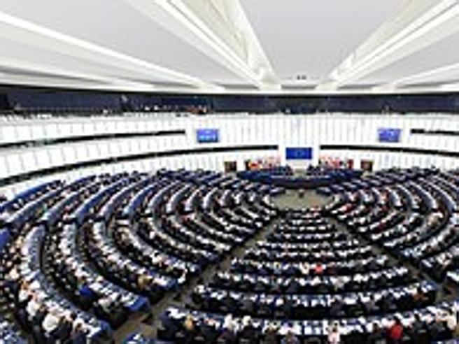 L'Europarlamento approva la direttiva europa per il diritto