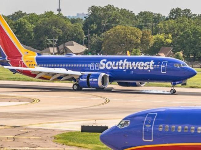 Atterraggio d'emergenza per un altro Boeing 737 Max 8: «Pro