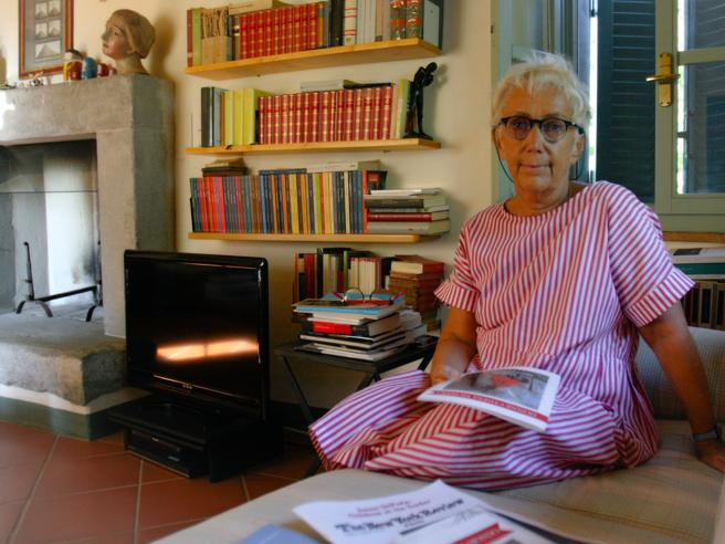 Mensile femminile dell'Osservatore, dopo le denunce di abusi sulle suore si dimette Lucetta Scaraffia
