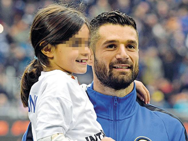 Candreva offers to pay for poor children's school meals