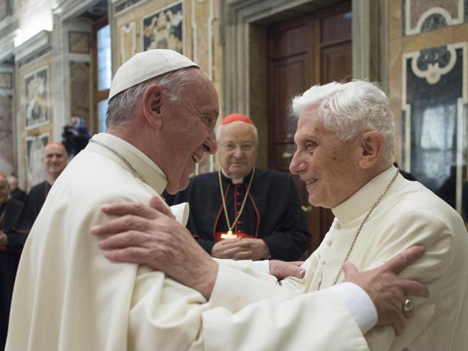 Ratzinger, imbarazzo in Vaticano per l'accusa sulle cause della pedofilia  Il testo integrale | | Deutsch
