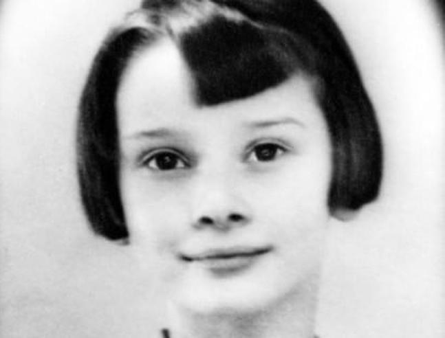 Audrey Hepburn staffetta partigiana a 14 anni contro i nazisti