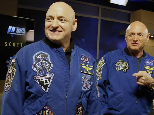 Vivere nello spazio fa male all'uomo? La ricerca sui gemelli Kelly