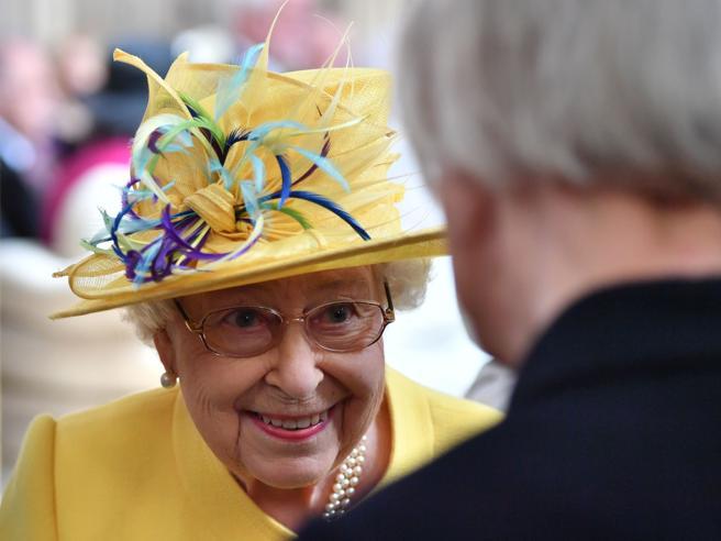 La regina Elisabetta compie 93 anni: un enigma per molti (ma non per le star della fotografia)