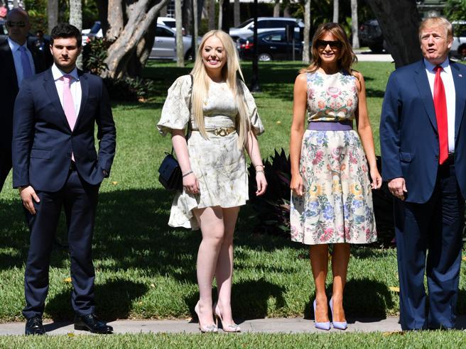 Donald Trump, la Pasqua con Melania e la figlia Tiffany. E spunta il fidanzato della first daughter