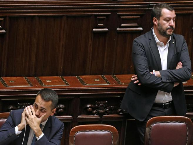 Governo, Conte sbotta contro Salvini: «Non ti permettere». Ira del leghista contro Di Maio