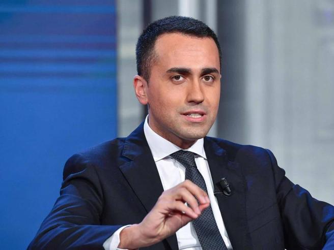 Il 25 aprile, altro scontro Di Maio-Salvini «Chi lo nega stava con gli antiabortisti»