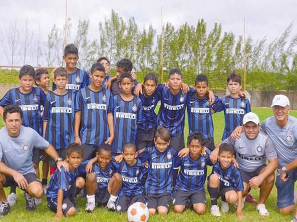 Calcio Per Bambini A Padova : Bertolino e il calcio per i bimbi delle favelas con il marchio dell