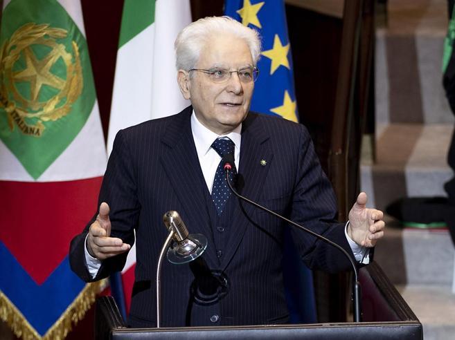 Legittima difesa, Mattarella firma ma scrive ai presidenti delleCamere e a Conte: «Non attenua ruolo Stato»|Il testo