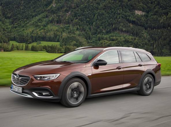 Opel Insignia Country Tourer: il test