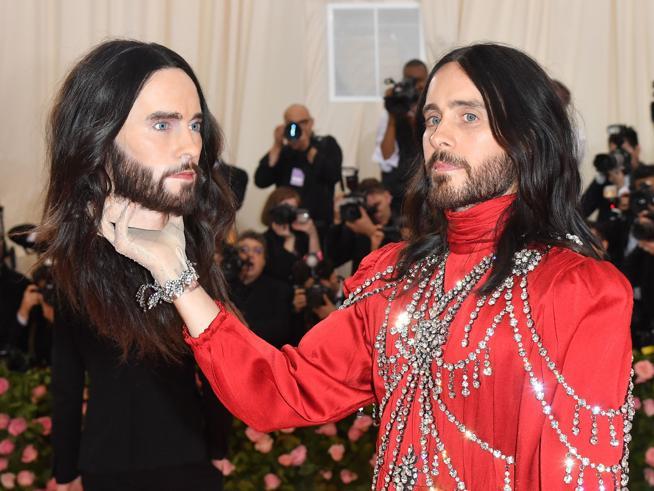 Met Gala 2019, Jared Leto con la testa mozzata (5) e Demi Moore strepitosa (9): le pagelle dei look