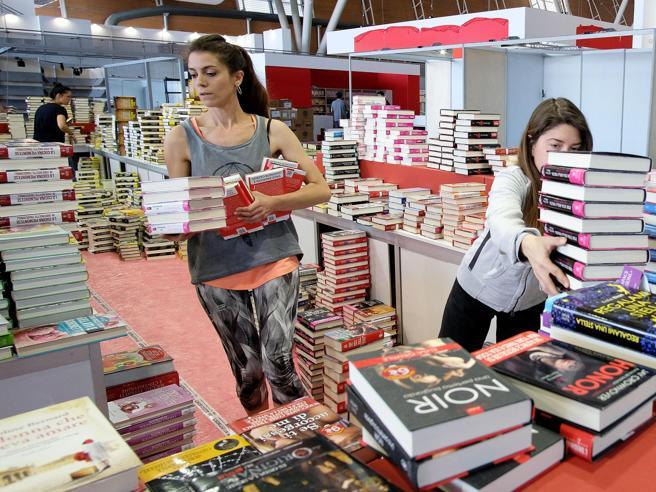 Salone del Libro di Torino. La parola alla Procura - Corriere.it
