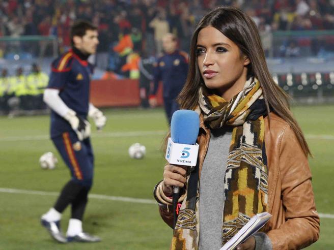 Sara Carbonero, giornalista e moglie di Casillas, operata per un tumore