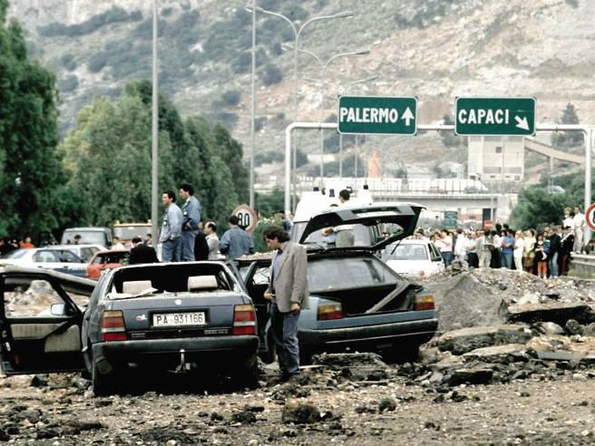 23 maggio 1992, 27 anni dalla strage di Capaci. Salvini: «Sbaglia chi si divide sulla lotta alla mafia»