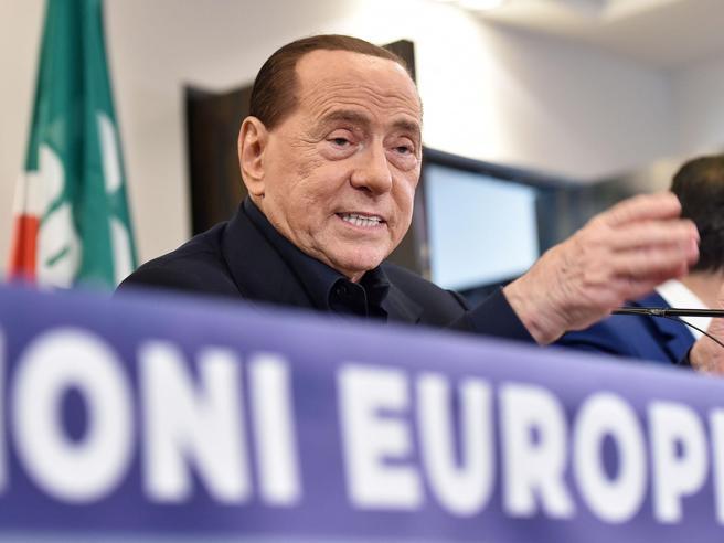 """L'Antimafia: """"impresentabili"""" 5 candidati alle Europee Uno è Silvio Berlusconi"""