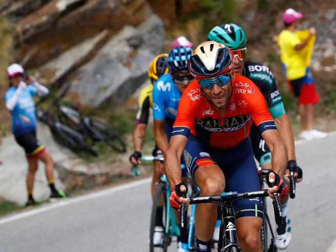 Giro d'Italia: al Serrù vince Zakarin davanti a Nieve, bene Landa.  Nibali e Roglic resistono