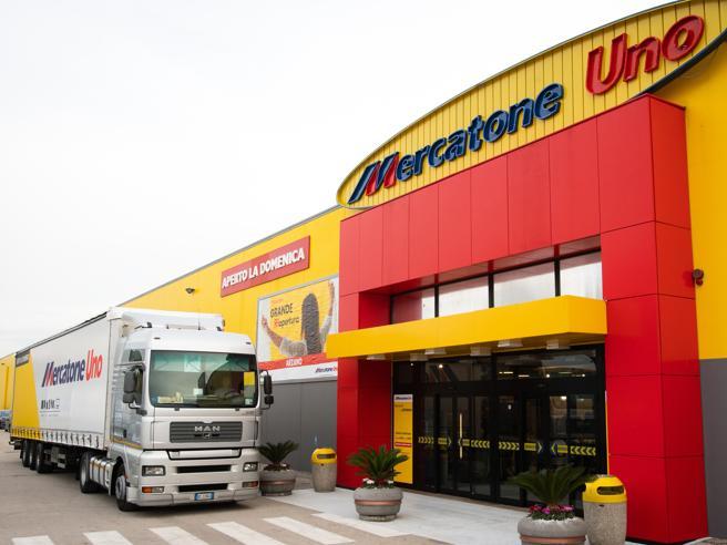 Mercatone uno ventimila clienti coinvolti 3 8 milioni di - Mobili per cucina mercatone uno ...