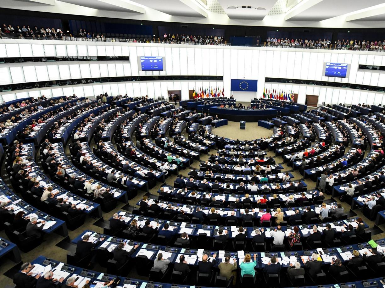 Nuovi poteri al Parlamento Ue? Se ne discuta seriamente