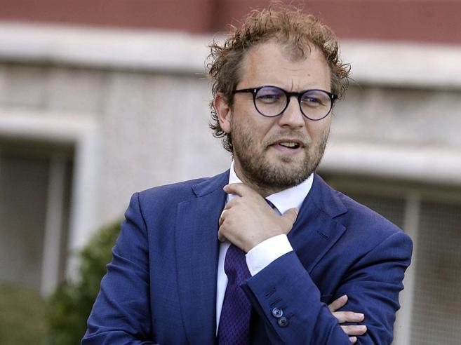 Caso Palamara, Lotti intercettato si difende: «Fango su di me, incontri leciti»Berlusconi: «Mattarella sciolga il Csm»