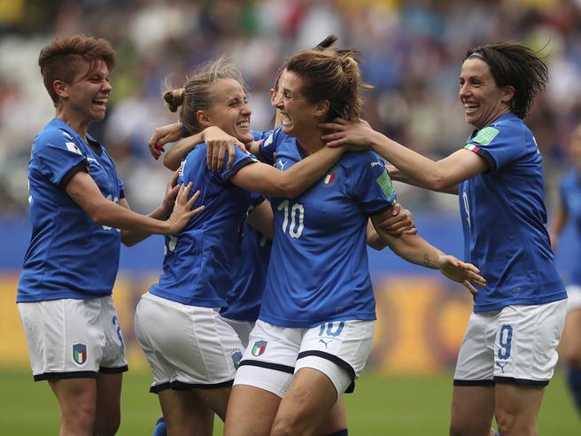 Giamaica-Italia 0-5: azzurre inarrestabili, due vittorie su due e ottavi in tasca|Foto|Gol