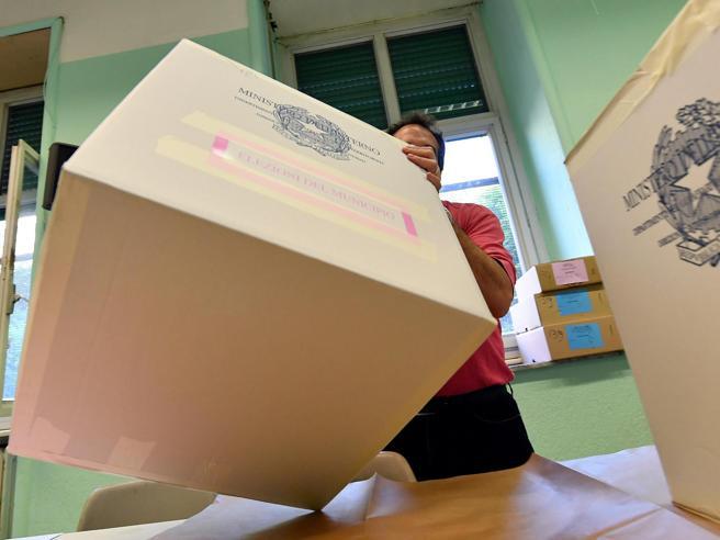 Elezioni amministrative in Sardegna Eletti i primi 9 sindac
