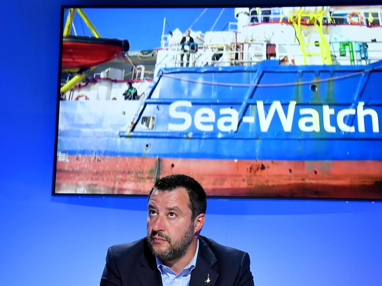 Se i nemici lavorano per Salvini