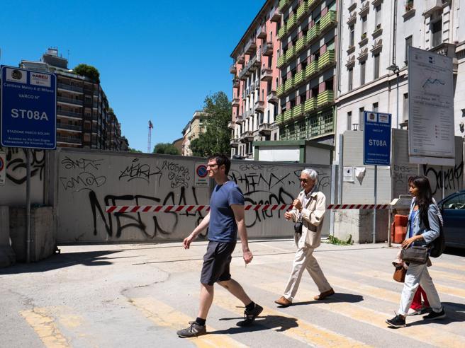 Milano,  crepe con l'arrivo della talpa per M4: «Lasciamo casa»