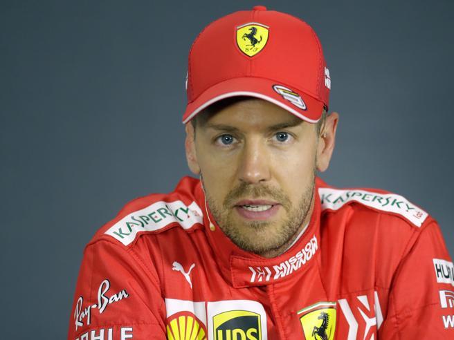 Ferrari, presentata istanza di revisione contro la penalità di Vettel in Canada