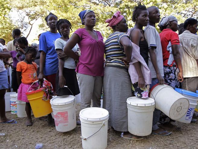 Unicef-Oms: «Nel mondo 1 su 3 senza acqua potabile sicura»