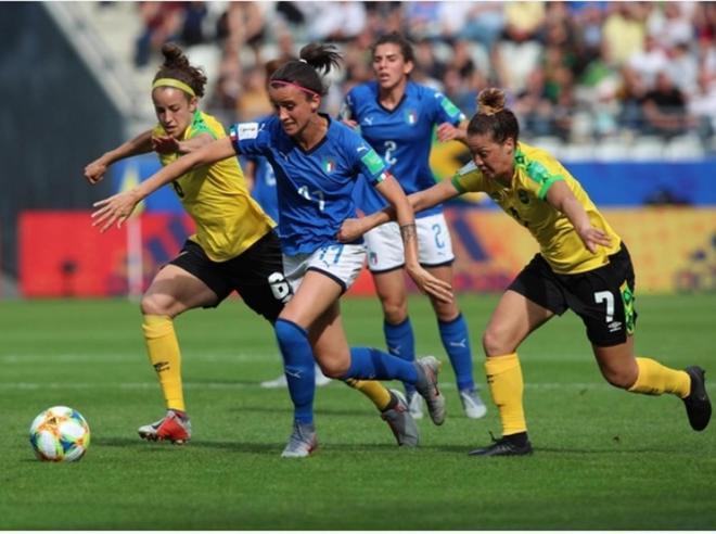 Il calcio femminile in tv: meno parole e più spazio all'immagine