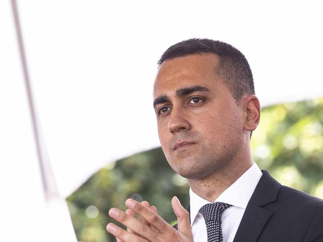 Di Maio a Dibba (senza citarlo): «Chi critica il M5S lo destabilizza nel governo»
