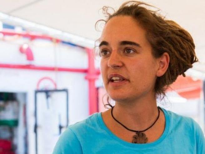 Carola, 31 anni,  la capitana che sfida il Viminale «La  m