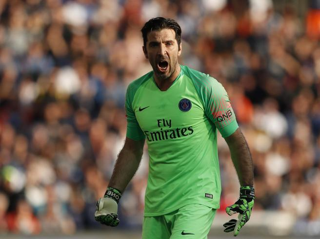 Juventus, quella pazza idea di un ritorno di Buffon